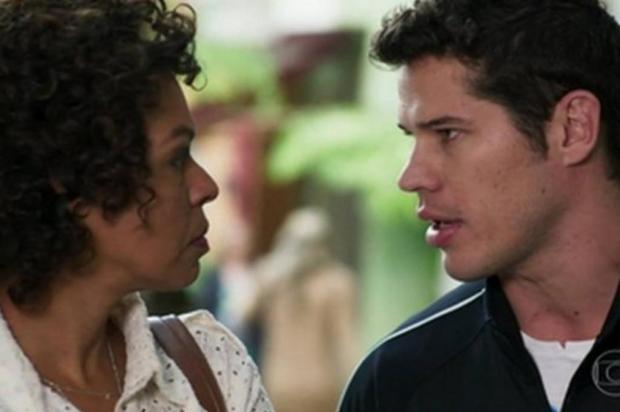 """""""Haja Coração"""": Adônis descobre que Nair é sua mãe biológica TV Globo/Divulgação"""