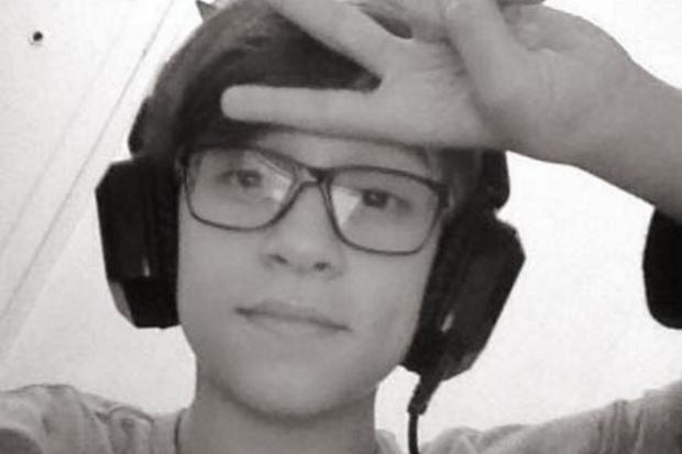 Menino morre após partida de jogo online e colegas percebem pela webcam Reprodução / Facebook/Facebook