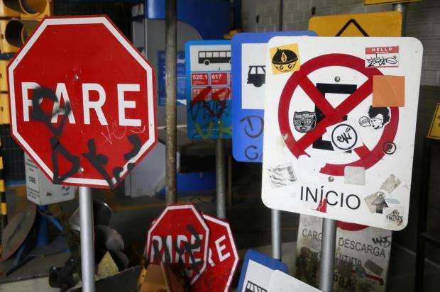 Vandalismo em Porto Alegre causa prejuízo de R$ 1,8 milhão por ano Tadeu Vilani/Agencia RBS