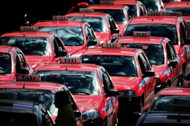 Sintáxi pede na Justiça suspensão da cobrança da taxa de monitoramento dos táxis em Porto Alegre Fernando Gomes/Agencia RBS