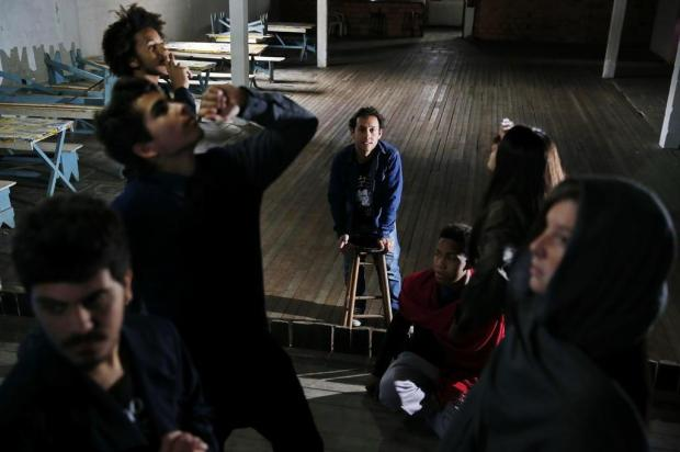 Viamão: ator leva teatro ao bairro onde viveu durante a infância Mateus Bruxel/Agencia RBS