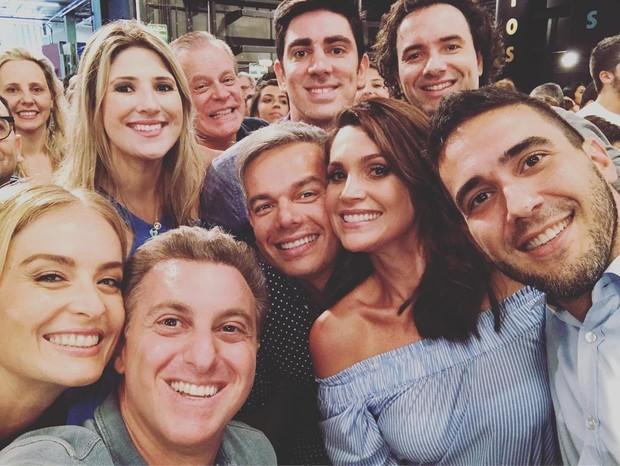 Famosos gravam vinheta de final de ano da TV Globo e compartilham registros dos bastidores Reprodução / Instagram/Instagram
