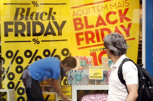"""Black Friday vem aí! Saiba como aproveitar o melhor da promoção e não cair na armadilha da """"metade do dobro do preço"""" Guto Kuerten/Agencia RBS"""