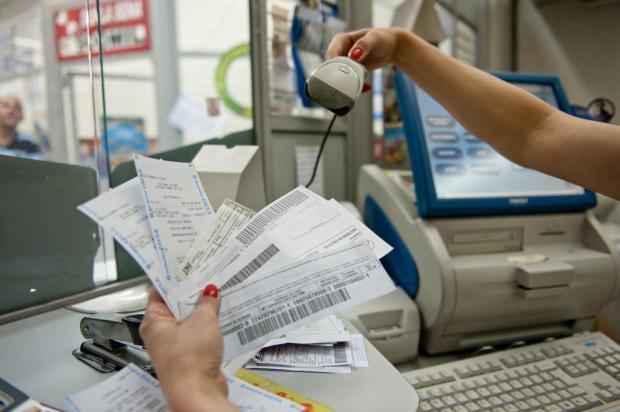 Boletos de R$ 100 ou mais poderão ser pagos em qualquer banco Carlos Macedo/Especial