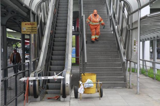 Blitz DG: elevadores e escadas rolantes inoperantes em viadutos e terminal de ônibus Tadeu Vilani/Agencia RBS