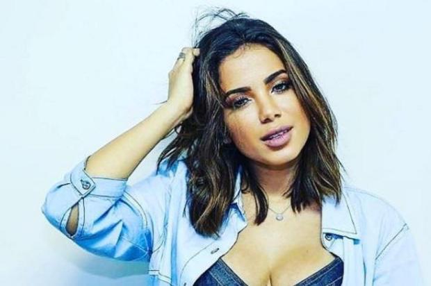 """Anitta adere ao """"desafio do manequim"""", a nova febre da internet Instagram/Reprodução"""