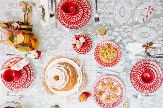 Cinco dicas criativas e baratas para deixar sua mesa linda à espera dos amigos Omar Freitas/Agencia RBS