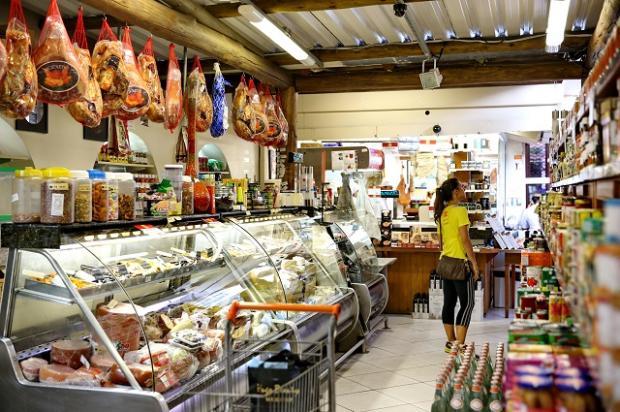 Comprar em mercados de vizinhança está mais barato que em supermercados, aponta pesquisa Julio Cordeiro / Agencia RBS/Agencia RBS