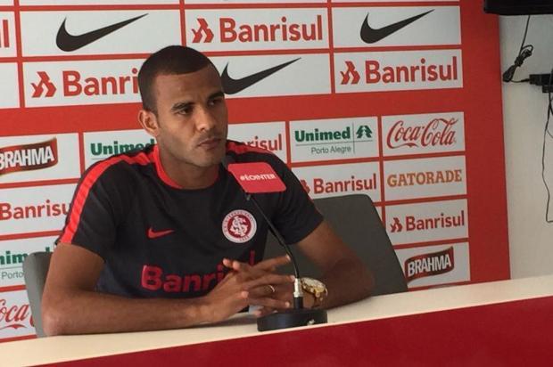 "Zé Victor Castiel: ""Guto Ferreira acerta ao apostar em Ernando como titular do Inter"" José Alberto Andrade/Rádio Gaúcha"
