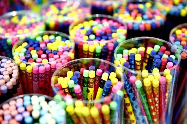 Já é hora de pensar no material escolar da criançada: veja dicas para começar a economizar agora Adriana Franciosi/Agencia RBS