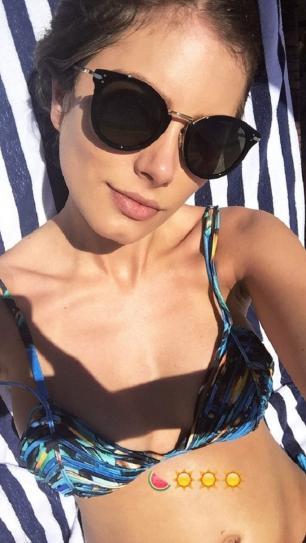 Pela primeira vez, Bruna Hamú exibe barriguinha de grávida Instagram / Reprodução/Reprodução
