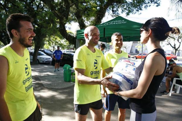 Ultramaratonistas planejam correr 140 km em 24h para incentivar doações de alimento e brinquedos Camila Domingues/Especial