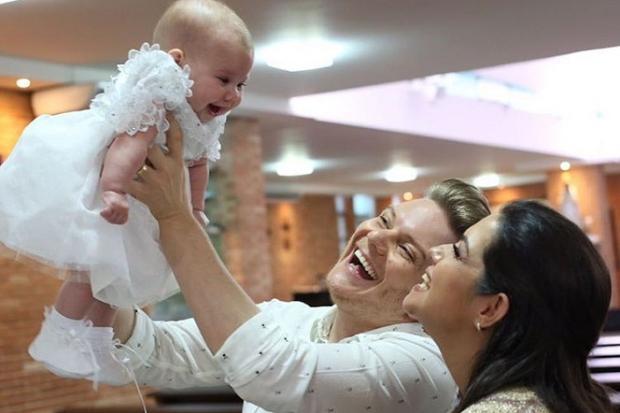 Thais Fersoza e Michel Teló batizam a filha, Melinda Reprodução / Instagram/Instagram