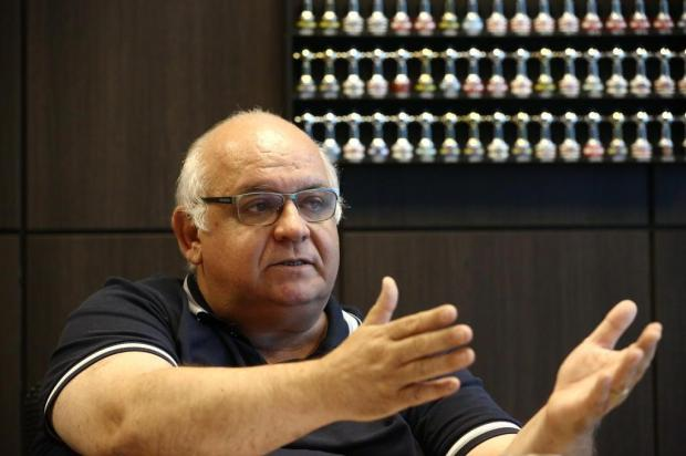 "José Augusto Barros: ""Ano novo animado"" Carlos Macedo/Agencia RBS"