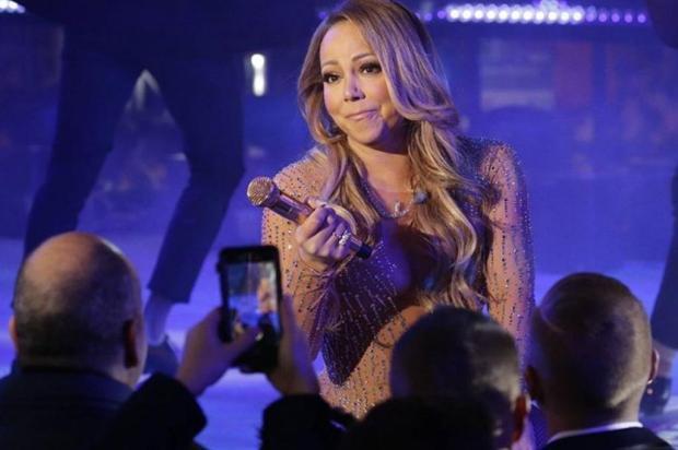 Após show desastroso em Nova York, equipe de Mariah Carey diz que a cantora foi vítima de sabotagem Instagram/Reprodução