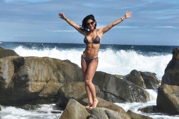 Bella Falconi exibe boa forma em praia do Caribe e faz reflexão em rede social instagram/Reprodução