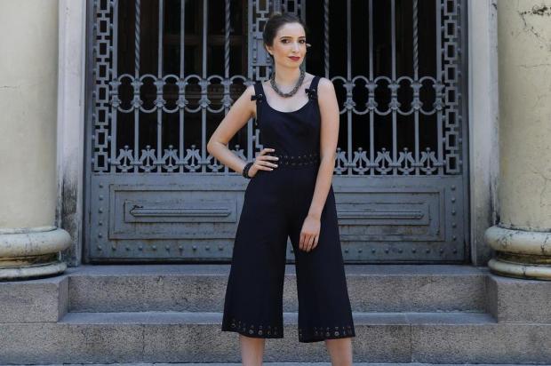 Conheça as pantacouts, nova versão das pantalonas, agora, mais curtas e mais charmosas, que vão arrasar nesse verão   Mateus Bruxel/Agencia RBS