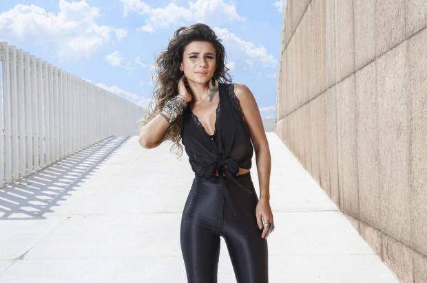 Paula Fernandes culpa crise por diminuição de número de shows Guto Costa/Divulgação