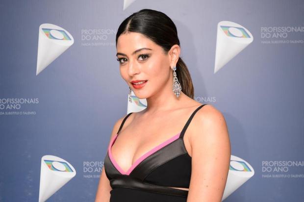 Carol Castro anuncia gravidez e desiste da próxima novela das 23h Ramón Vasconcelos/TV Globo/Divulgação