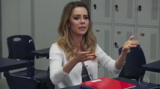 """Sandy fala vários palavrões em cena de """"Tá no ar"""" e diverte o público TV Globo / Reprodução/Reprodução"""