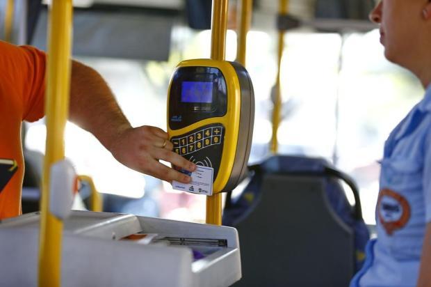 Empresas pedem que passagem de ônibus suba de R$ 4,70 para R$ 5,20 em Porto Alegre Félix Zucco/Agencia RBS