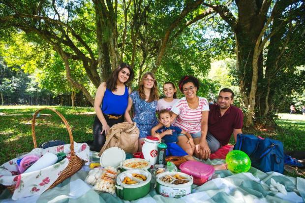 Domingo para curtir os amigos e a família ao ar livre, no Capão do Corvo Omar Freitas/Agencia RBS