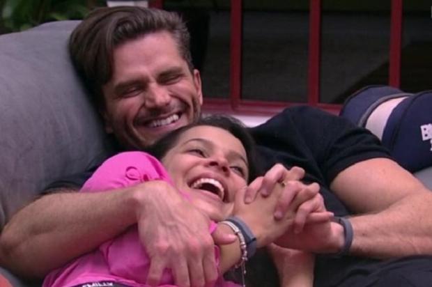 """BBB 17: após selinho roubado, Emilly fala sobre vontade de beijar Marcos: """"Nunca senti até ontem"""" Reprodução / TV Globo/TV Globo"""