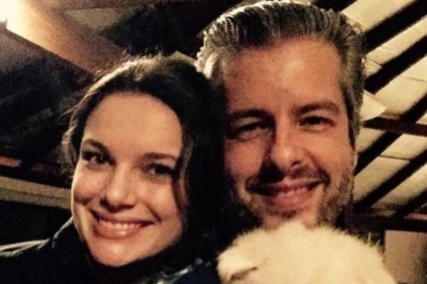 Resultado de imagem para Victor 'não me machucou', afirma esposa do cantor sertanejo