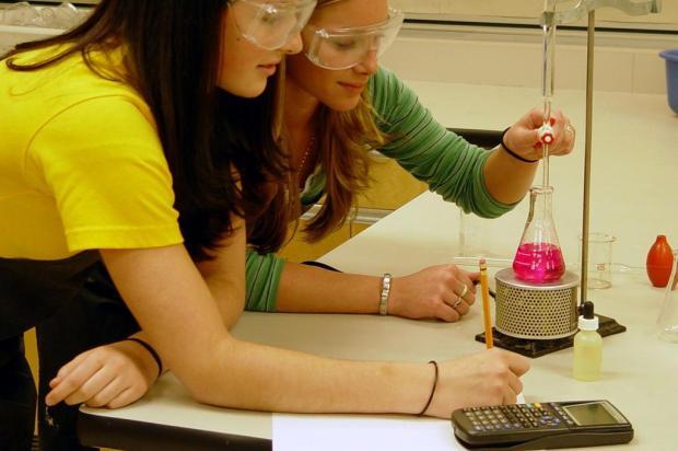 Encontro na Ulbra vai debater o ensino de química nas escolas Divulgação/Stock XCHNG