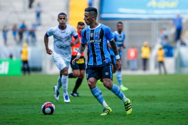 """Pedro Ernesto: """"Barrios vai precisar jogar mais"""" Lucas Uebel / Grêmio/Divulgação/Grêmio/Divulgação"""