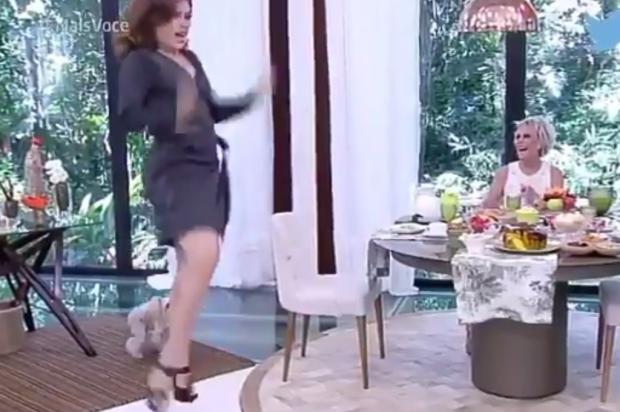 """Claudia Raia dá sarrada no ar durante """"Mais Você"""" e internet vai à loucura Reprodução / Twitter/Twitter"""