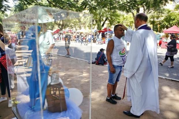 Desempregados e devotos pedem a bênção de Nossa Senhora do Trabalho Camila Domingues/Especial