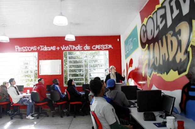 Programa gratuito de preparação para o mercado de trabalho está com inscrições abertas Divulgação/Coletivo Jovem