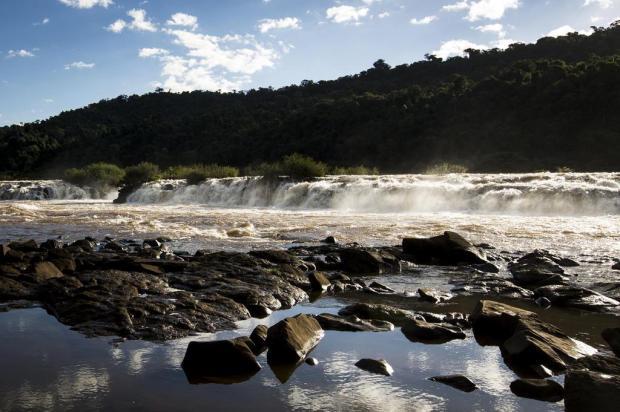 Saiba por que o Salto do Yucumã, maior queda d'água longitudinal do mundo, pode desaparecer Mateus Bruxel/Agencia RBS