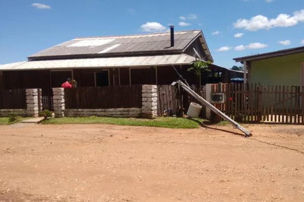 Moradora de Minas do Leão está sem energia elétrica há seis meses Arquivo pessoal/Leitor/DG