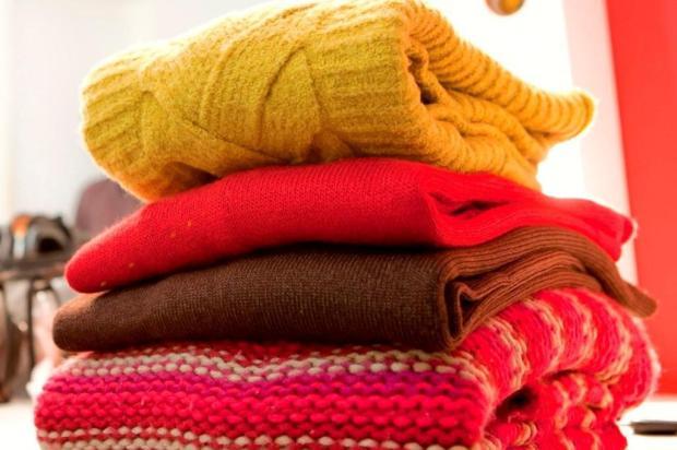 Saiba onde fazer doações de roupas e de alimentos para a Campanha do Agasalhono RS Divulgação/Divulgação