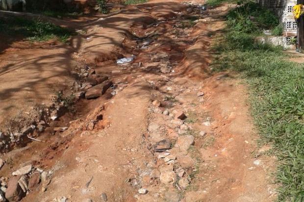 Moradores compram material, mas prefeitura não finaliza obra de pavimentação e esgoto em Viamão Arquivo Pessoal/Leitor/DG