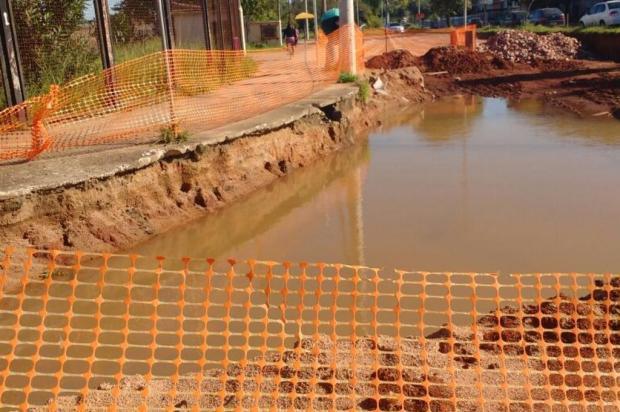 Obra de duplicação de trecho da Avenida Ernesto Neugebauer, em Porto Alegre, está parada há um mês Arquivo pessoal/Leitor/DG