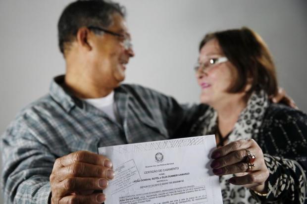 A história do casal que se conheceu graças a um recorte de jornal achado no lixo Mateus Bruxel/Agencia RBS
