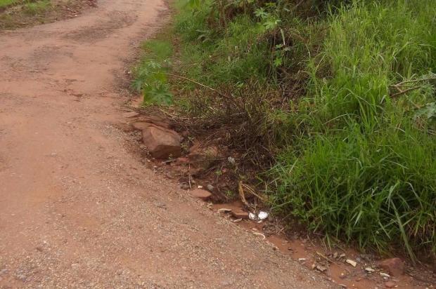 Morador de São Leopoldo teve carro quebrado três vezes por conta de más condições de rua Arquivo pessoal/Leitor/DG