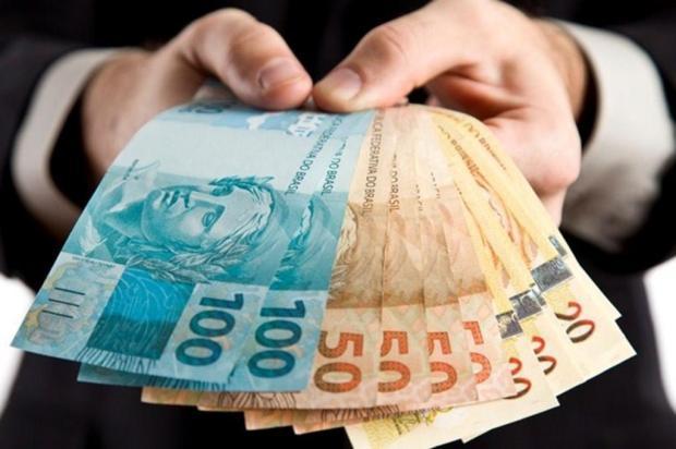 Caixa e BB devem oferecer empréstimo consignado com garantia do FGTS Reprodução/Getty Images