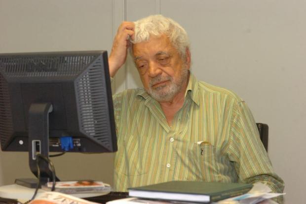 """Zé Victor Castiel: """"Foi-se um pedaço de Porto Alegre. Foi-se um gênio"""" Ricardo Chaves/Agencia RBS"""