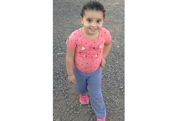 Criança com deformidade no pé precisa de ajuda para comprar bota ortopédica Arquivo Pessoal / Leitor/DG/Leitor/DG