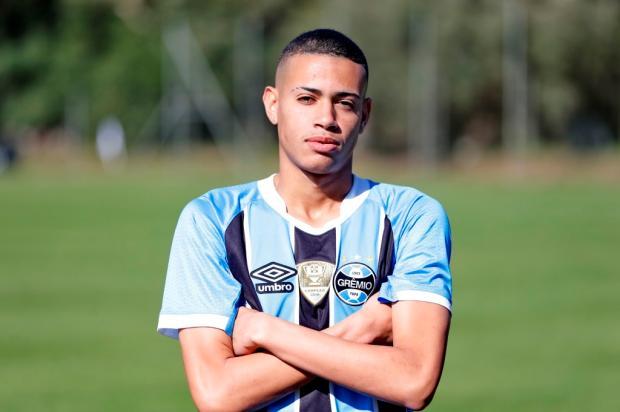 José Alberto Andrade: os caminhos se abrem para Patrick no meio-campo do Grêmio Félix Zucco / Agência RBS/Agência RBS