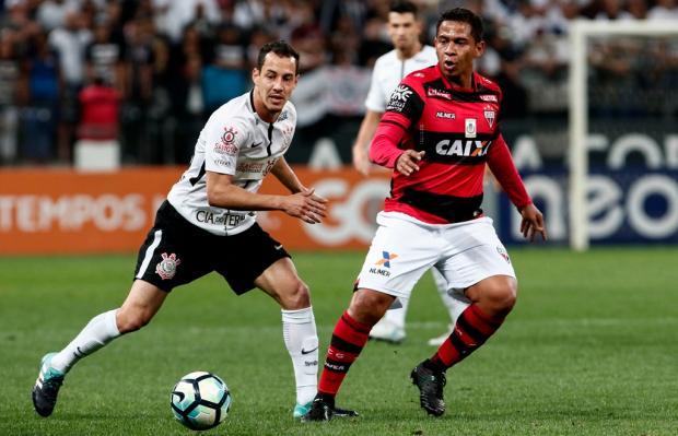"""Luciano Périco: """"Quem te viu, quem te vê, Corinthians"""" Miguel Schincariol/Lancepress"""