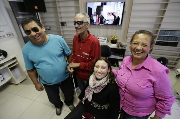 Pessoas cegas ou com baixa visão participam de oficina de cinema e filmam curta-metragem Félix Zucco/Agencia RBS