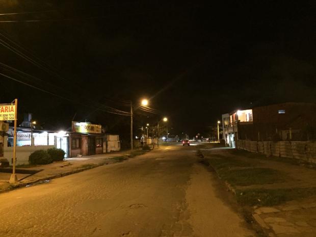 Rua na Restinga volta a ter luz depois de um ano no escuro Arquivo Pessoal / Leitor/DG/Leitor/DG