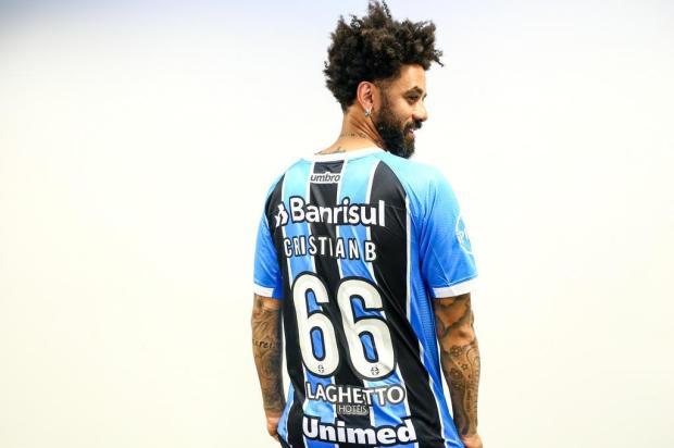 """Luciano Périco: """"Um reforço cascudo para Renato"""" LUCAS UEBEL/GREMIO FBPA/Gremio.net"""