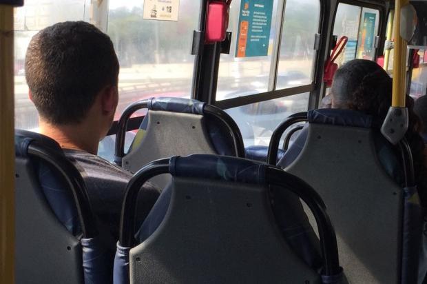 Passageiros reclamam de ar-condicionado desligado nos ônibus de Porto Alegre Ronaldo Bernardi / Agência RBS/Agência RBS