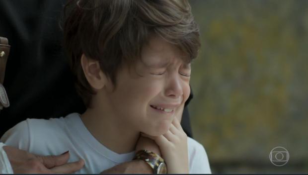 """Ator mirim emociona o público em cenas fortes de """"A Força do Querer"""" TV Globo / Reprodução/Reprodução"""